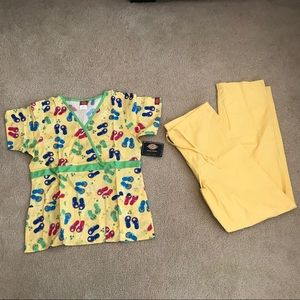 DICKIES YELLOW SM SCRUB SET (TOP&PANT)